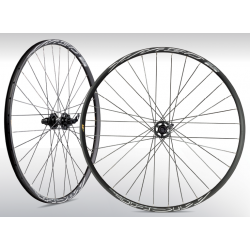 "MICHE XM50 27.5"" TUBELESS"